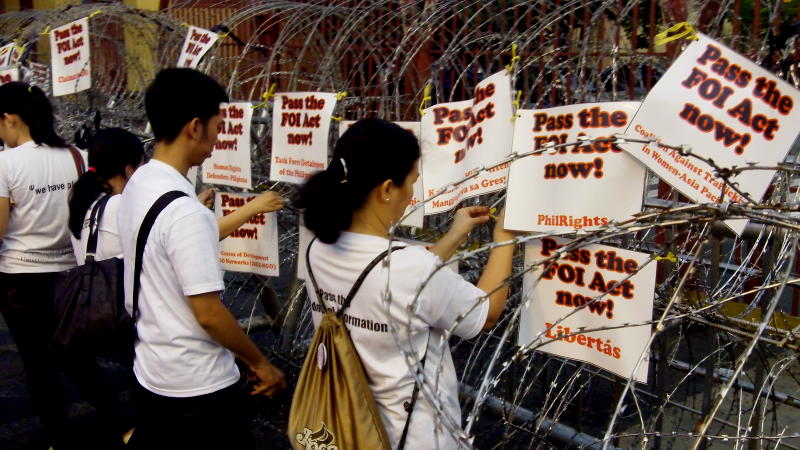 Barring barbed wire and inaction by political leaders then, students take a stand for FOI at a protest march in Malacanang in November 2012. PCIJ file photo
