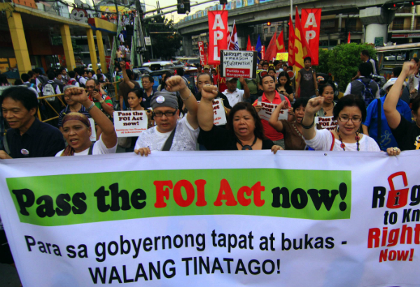 FOI advocates march to Malacanang, November 2012. Should it happen again? File photo
